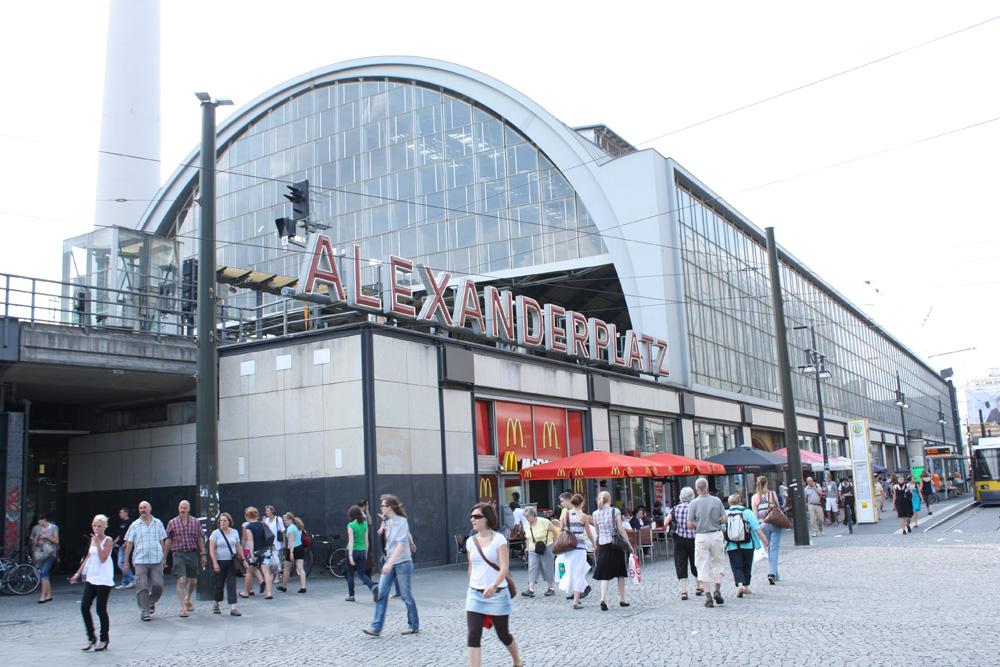 Alexanerplatz Banegården - En af Berlins ældste og mest besøgte banegårde