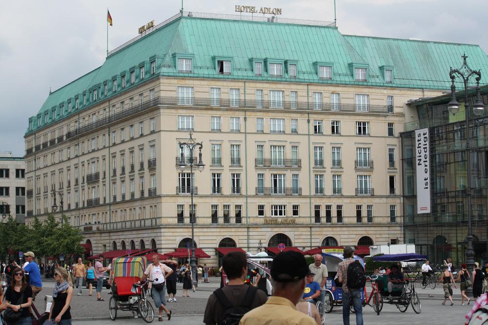 Berlins Pladser - pariwe Platz (Hotel Adlon)